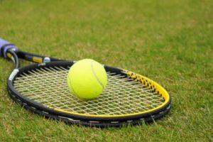 テニスホール